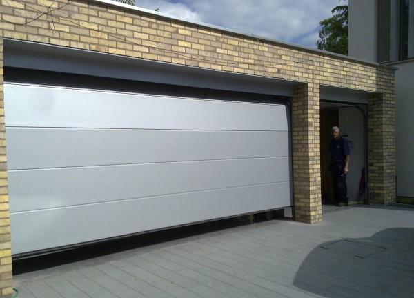 novoferm iso 45 horizontal rib lakes doors. Black Bedroom Furniture Sets. Home Design Ideas