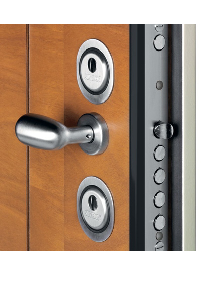Silvelox Front Door Locking