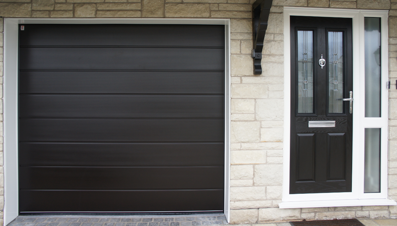 Garage doors kendal lakes doors for Garage doors uk