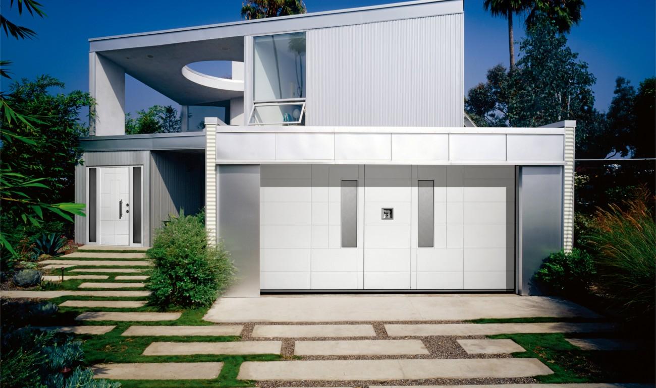 Silvelox ARA front and garage doors
