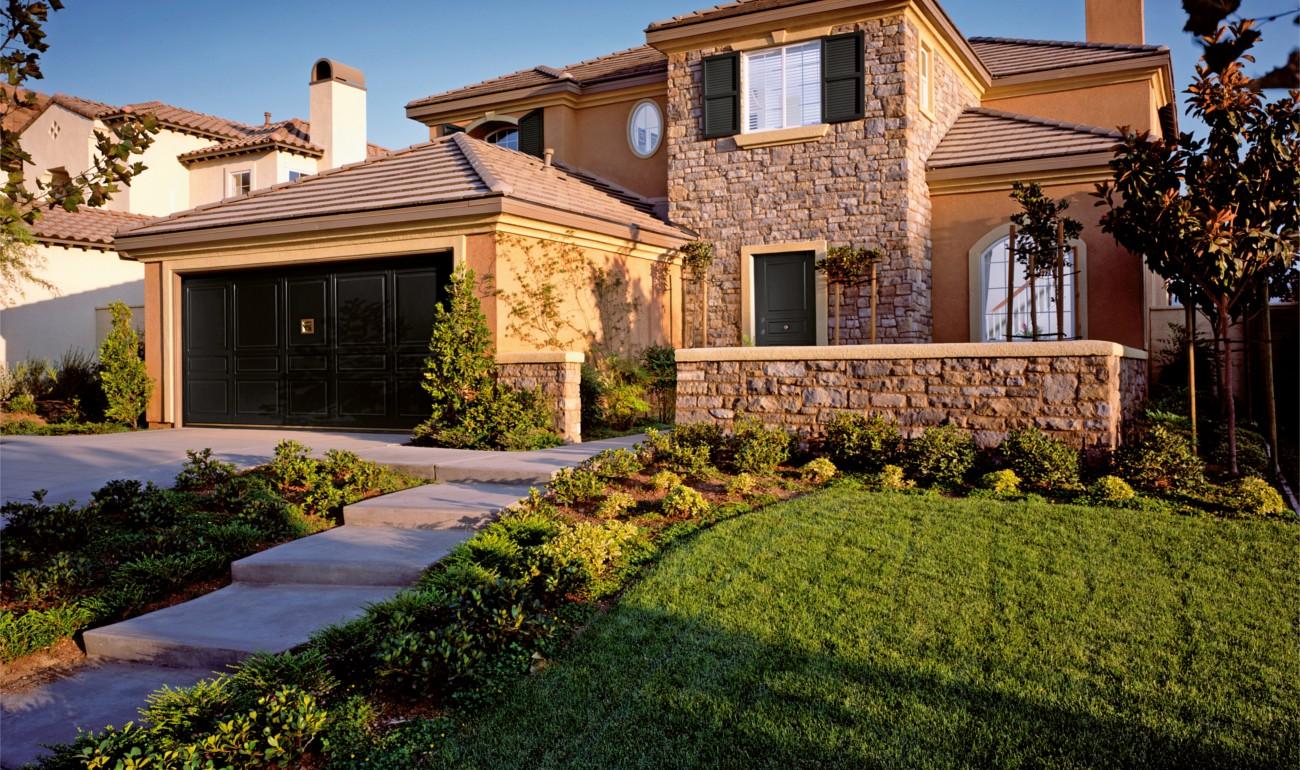 Silvelox EGO garage and front door