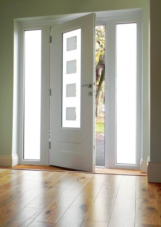 Rockdoor Vogue White Internal View